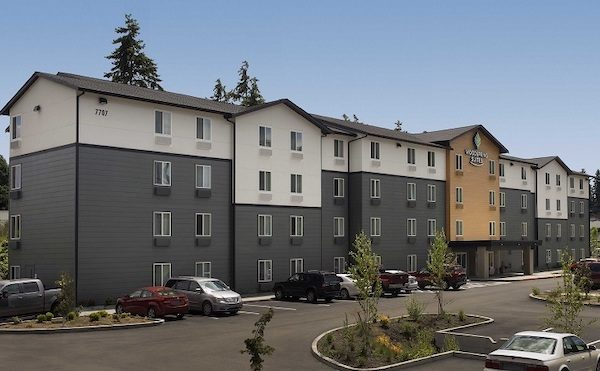 WoodSpring_Suites_Seattle_Everett_Extended_Stay_Hotel_with_Kitchens_Exterior_738x456~800.jpg