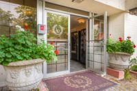 affordable-downtown-bellevue-hotel-013.jpg